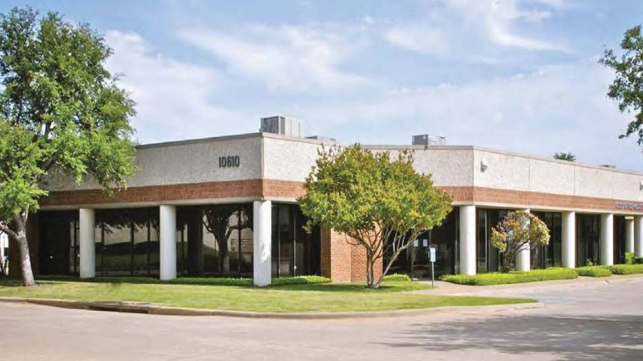 Property: Park Forest Business Center