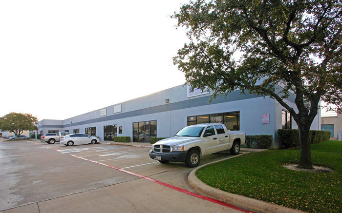 Property: Shady Trail Business Center- Building 4