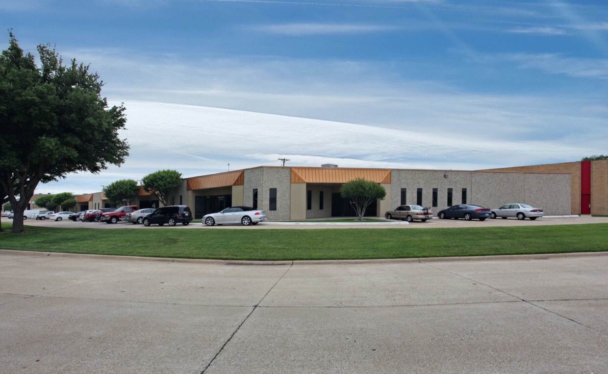 Property: Sunbelt Business Center