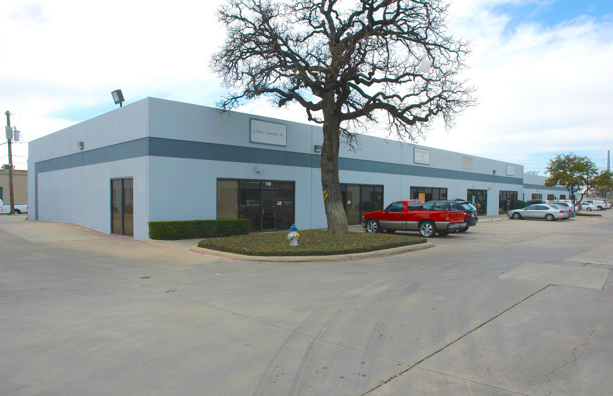 Property: Shady Trail Business Center- Building 3